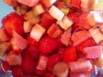 strawberry rhubarb raw
