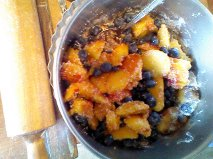 blueberry peach pie filling