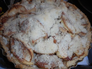 winter salad, apple pie 006