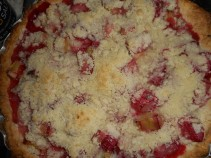 strawberry rhubarb pie 008