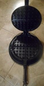 waffle iron 004