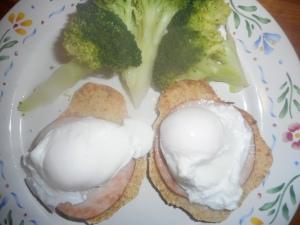 eggs benedict 004