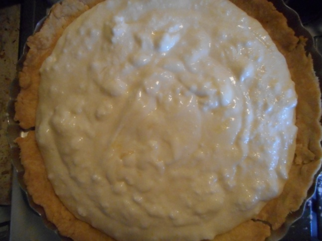 lemon velvet pie 009