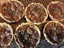pecan-tartlets