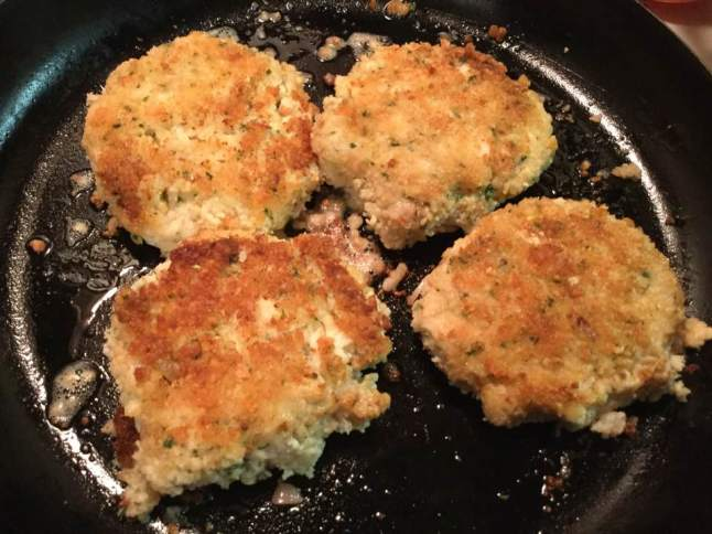 seafood cakes frying