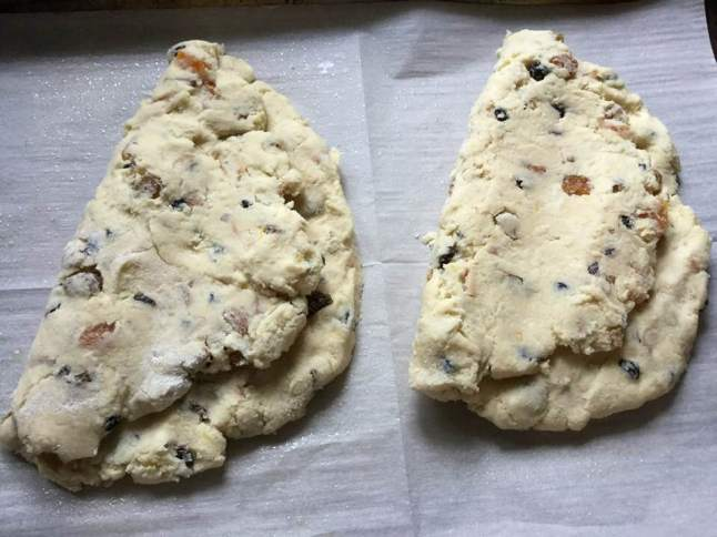 stollen ready to bake