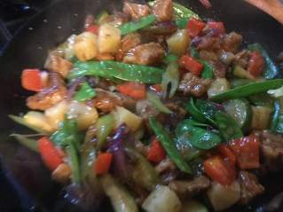 sweet and sour pork tossing