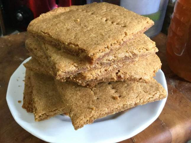 graham crackers on plate